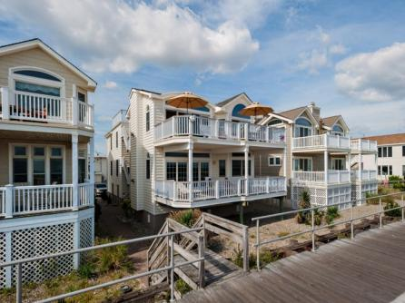1806 Boardwalk