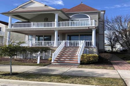 922 Simpson Ave., Ocean City, 08226